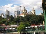 Der Platz vor der Kathedrale Nossa Senhora da Conceição